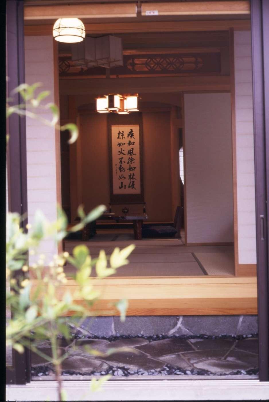 http://sumainomatsuki.com/folder1/%E5%B1%95%E7%A4%BA%E5%A0%B4017.jpg